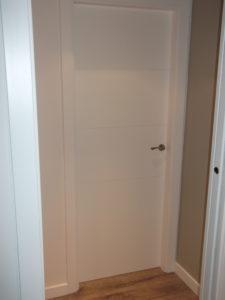 puerta de paso lacada