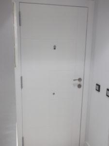 puertas de entrada lacadas